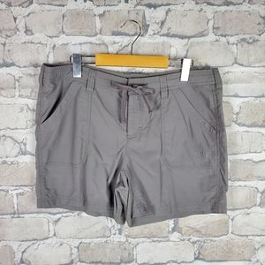 The North Face Shorts Gray Size 14